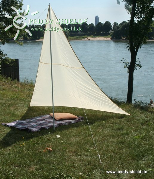 camping freizeit sonnensegel 1 3 x 3 x 2 5 m sandfarben. Black Bedroom Furniture Sets. Home Design Ideas